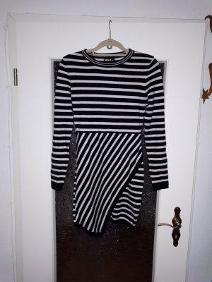 Abito maglione bianco-nero