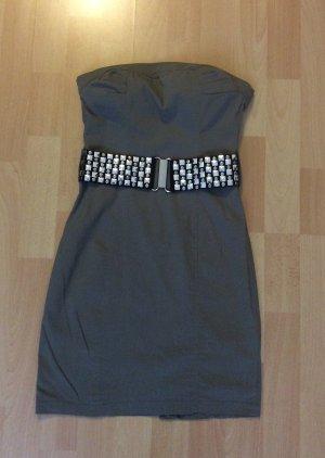 Sexy Kleid mit Gürtel in der Größe xs (NEU)