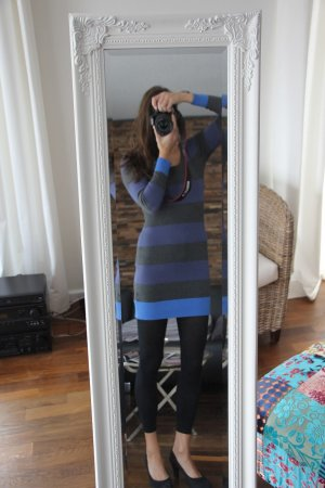 Sexy Kleid, schön zu tragen mit Stiefel oder Pumps