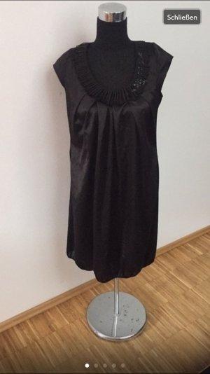 Vera Mont vestido de globo negro