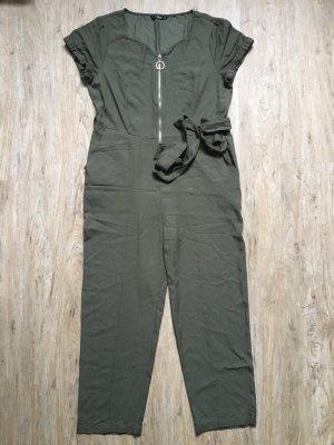 Sexy Overall Khaki 7/8 Hose von Only Gr 38