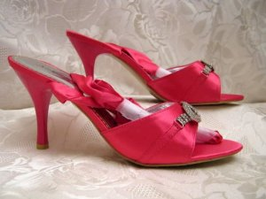 Strapped High-Heeled Sandals pink