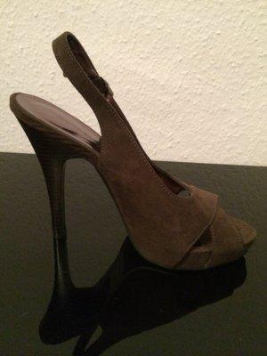 Sexy Riemchenpumps (38) / braunes Wildleder - NEU