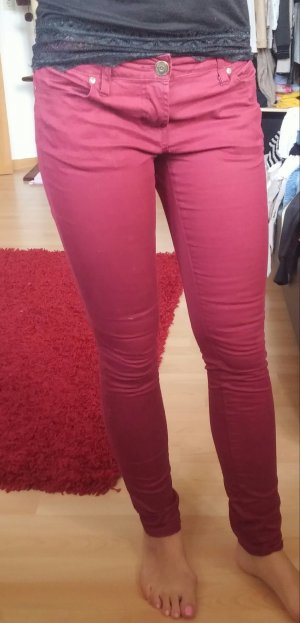 Sexy rote Jeanshose *-*