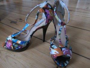 Steve Madden Platform High-Heeled Sandal multicolored leather