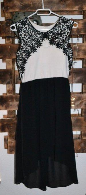 Sexy Vokuhila Kleid von Colloseum / schwarz & weiß / Chic