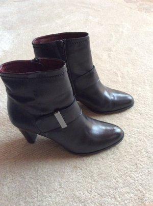 She Ankle Boots, Stiefeletten, Schwarz, Gr. 40, Reißverschluss Zierschnalle
