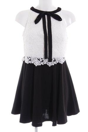 SheIn Spitzenkleid schwarz-weiß Paris-Look