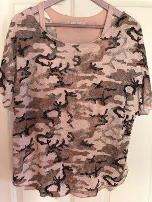 Shirt Camouflage und Top rosa