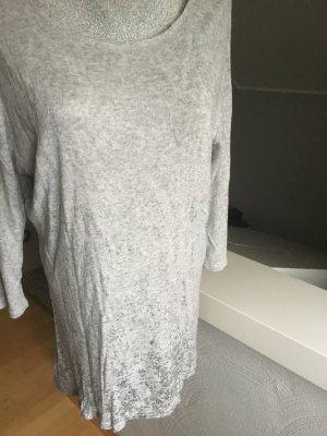 Shirt der Marke Tredy, top Zustand, grau mit Silber