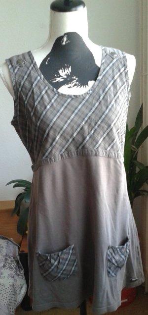 Shirt Gr.40/42, braun