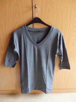 Shirt grau mit Strasssteinen