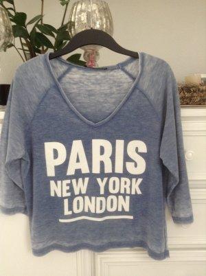 Shirt / hellblau-weiß / Gr. 36 S
