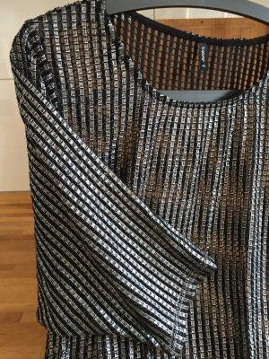 Shirt in Loch-Optik in Schwarz-silber