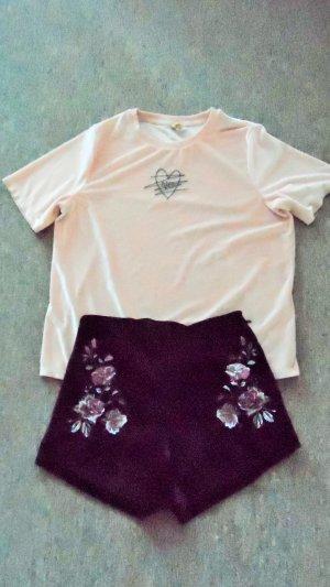 Shirt &  kurze Hose aus Samt