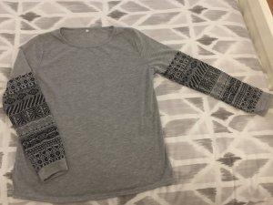 Shirt mit 3/4 Arm, Grau mit Muster, Gr. M