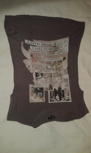 Shirt mit Aufdruck .......