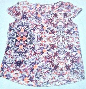 Shirt mit Blumenmuster Größe 38