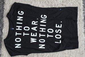 Shirt mit Löchern