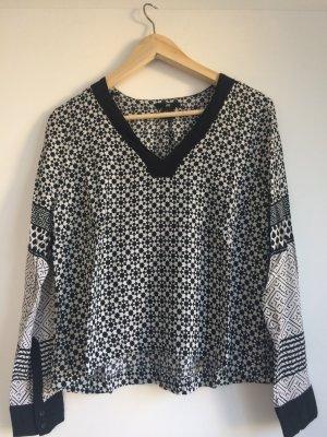 Shirt mit Muster in schwarz/weiß