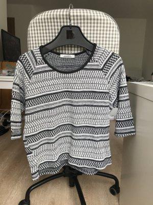 Shirt mit schwarz-weißem Muster