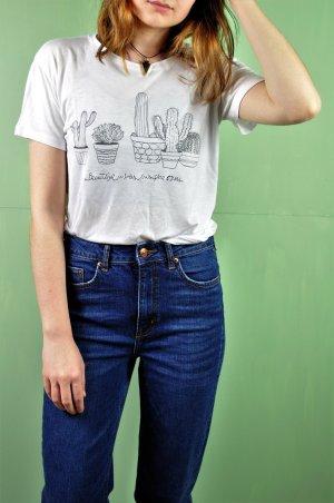 Shirt mit Stickerei und Kakteen / Kaktus Print / Floral