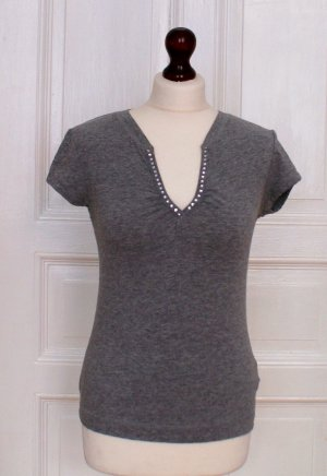 Shirt mit Strass am Ausschnitt, grau, Glitzer, Party