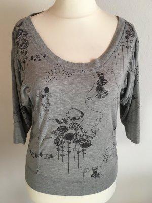 Shirt Oberteil grau mit Motiv süß 3/4 Ärmel Gr. M