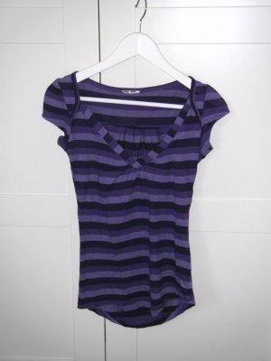Shirt, T-Shirt, lila, Streifen, V-Ausschnitt, Gr. XS/S, Zara