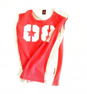 shirt / tank top / vintage / feinstrick / numbershirt / rot weiss / red / white