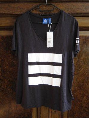 Shirt von adidas schwarz- weiß Gr.40 neu