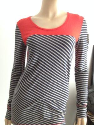 Shirt von Cloaed, neu