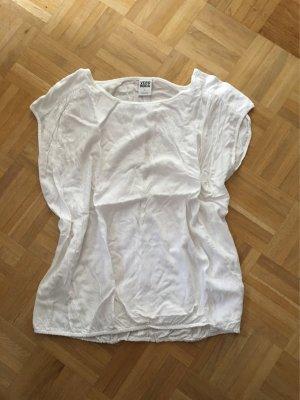 Shirt von Vero Moda mit Rückenausschnitt