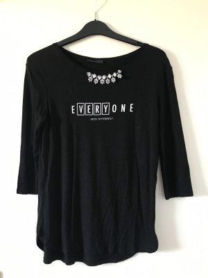 Shirt von Zara mit Aufdruck und Glitzersteinchen vorne