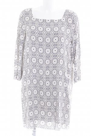Shirt Dress abstract pattern casual look