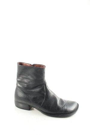 Shoe colour Stiefeletten schwarz Street-Fashion-Look