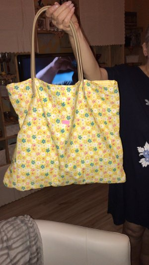 Shopper yellow-bright red