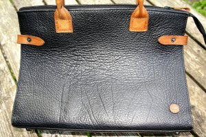 Briefcase black-camel leather