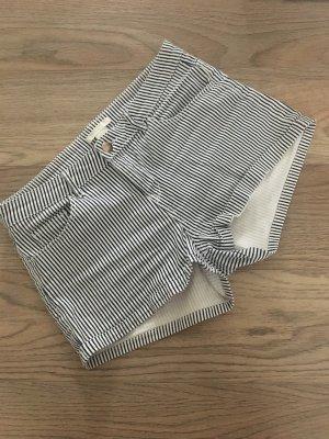 H&M L.O.G.G. Denim Shorts white-steel blue