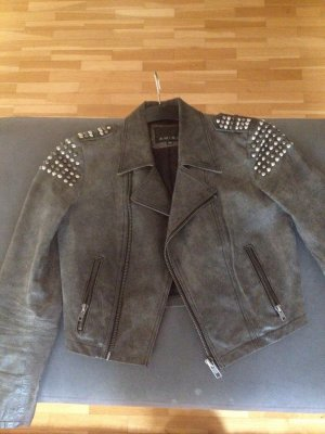 short female leather jacket in very good condition preserved, size 36, gray