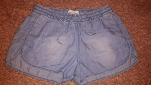 H&M Shorts azul celeste