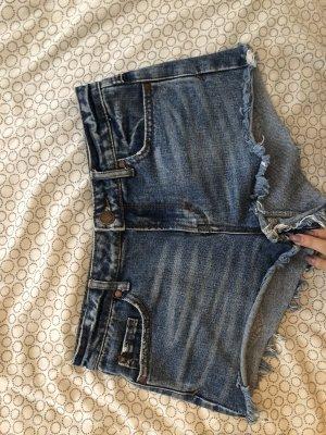 Shorts - 34