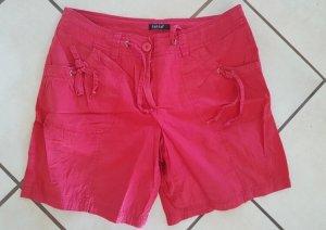 Shorts Bermuda kurze Hose rot Gr.L Gr.40 Italien