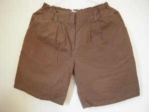 Shorts braun