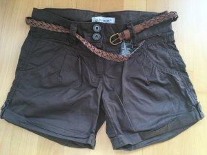 Shorts braun Gr. 34 NEU mit Gürtel