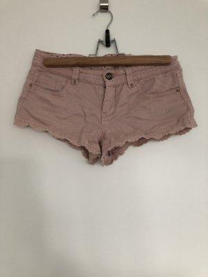 Bershka Pantalón corto de tela vaquera rosa empolvado