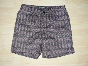 Shorts Chillytime - NEU mit Etikett