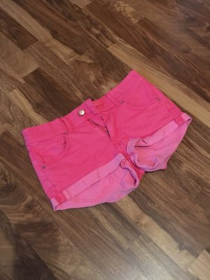H&M Hot Pants bright red