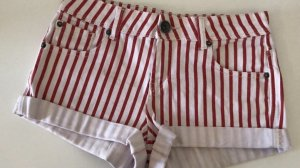 Hot Pants red-white