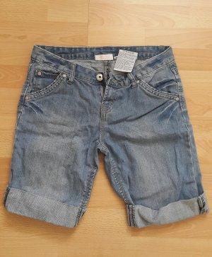 Shorts Gr. 34 wenig getragen/ Hotpants/ Hose/ Kleid